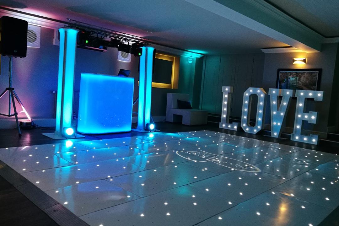 Wedding DJ & Disco Hire Bournemouth, Southampton, Poole. Christchurch & New Forest